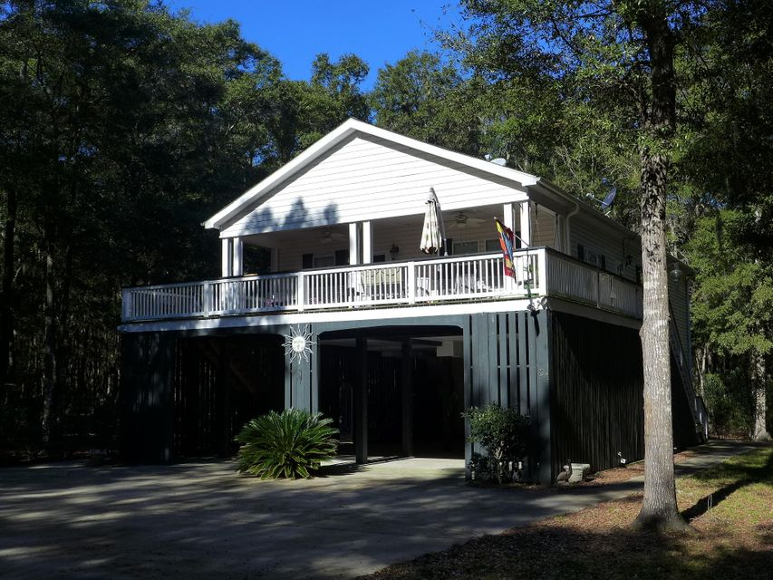31  Palmetto Pointe Lane Edisto Island, SC 29438