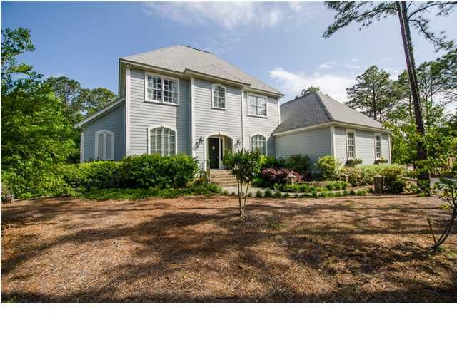 4317  Caledonia Lane Mount Pleasant, SC 29429