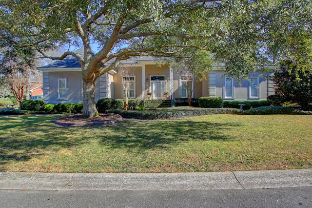 551  Overseers Retreat Mount Pleasant, SC 29464