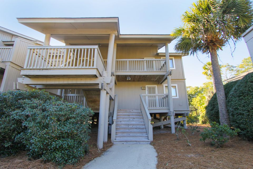29  Lagoon Villas Isle Of Palms, SC 29451