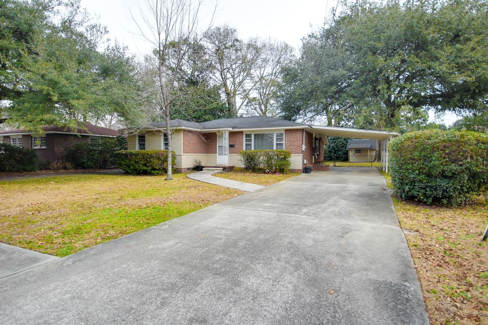 5264  Hartford Circle North Charleston, SC 29405