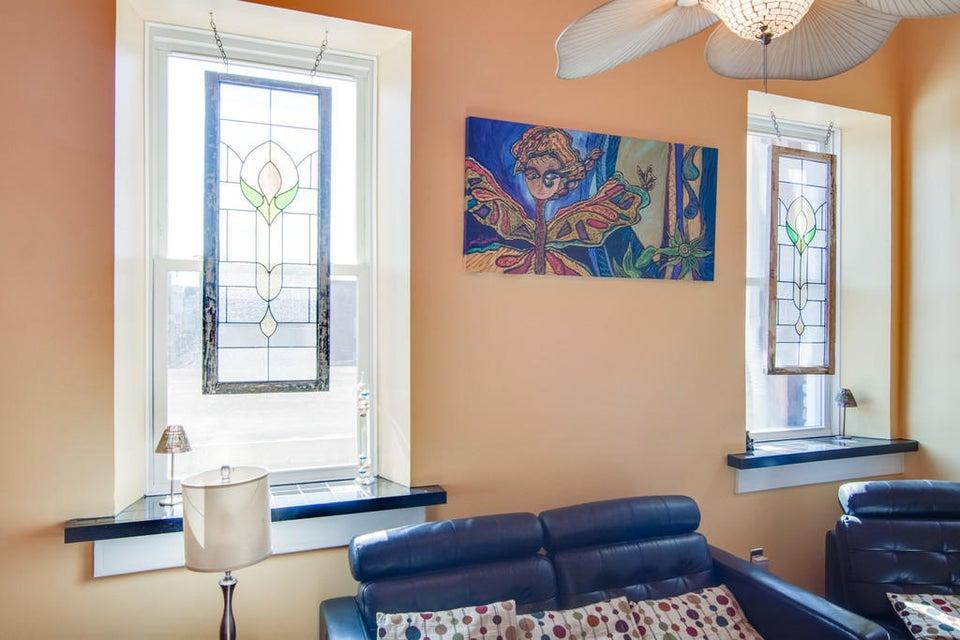 350  King Street Charleston, SC 29401