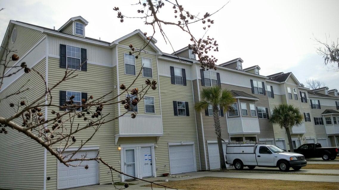 4512  Great Oak Drive North Charleston, SC 29418