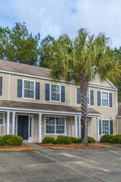 1214  Island Club Drive Charleston, SC 29492