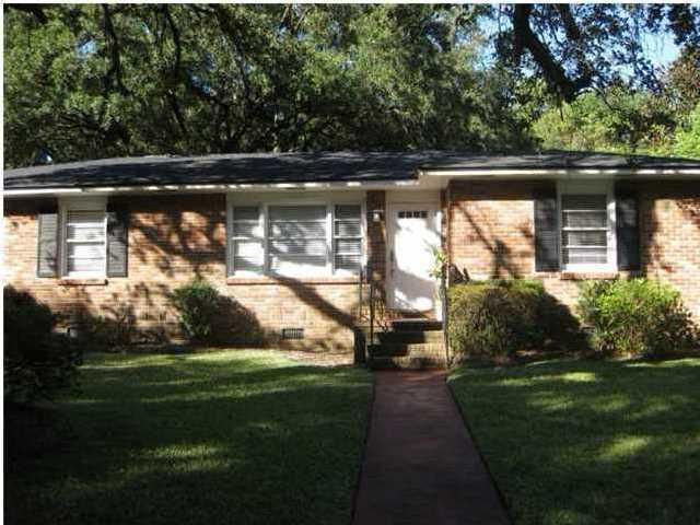 2448  Two Oaks Drive Charleston, SC 29414