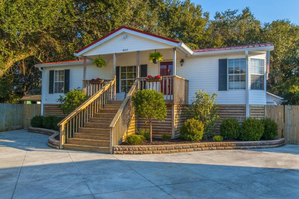 1637  Wigeon Lane Charleston, SC 29412