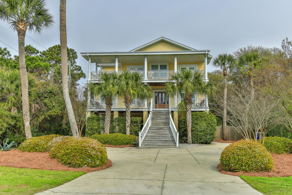 512 W Ashley Avenue Folly Beach, SC 29439
