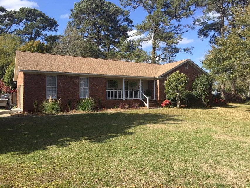 2402  Sylvan Shores Drive Charleston, SC 29414
