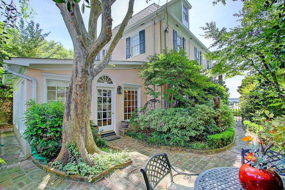 2  Battery Place Charleston, SC 29401