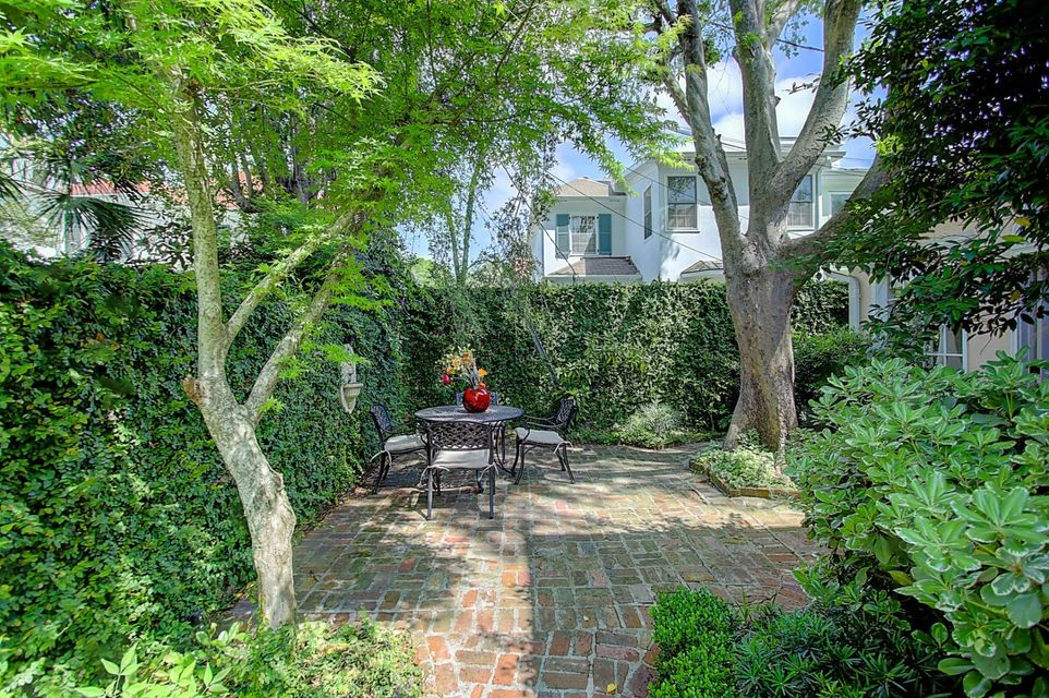 South of Broad Homes For Sale - 2 Battery, Charleston, SC - 9