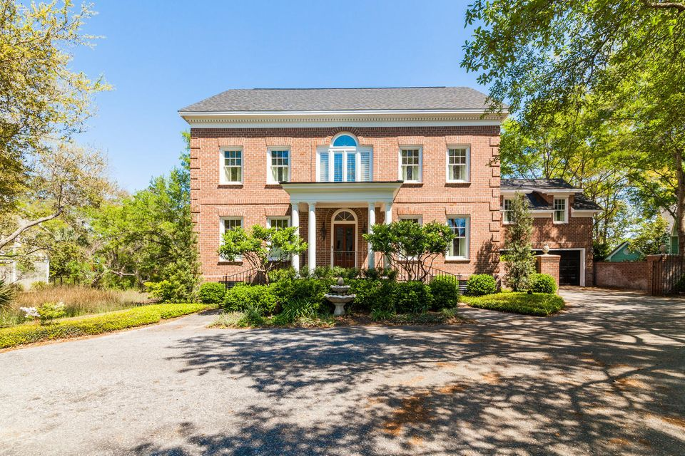 614  Hobcaw Bluff Drive Mount Pleasant, SC 29464