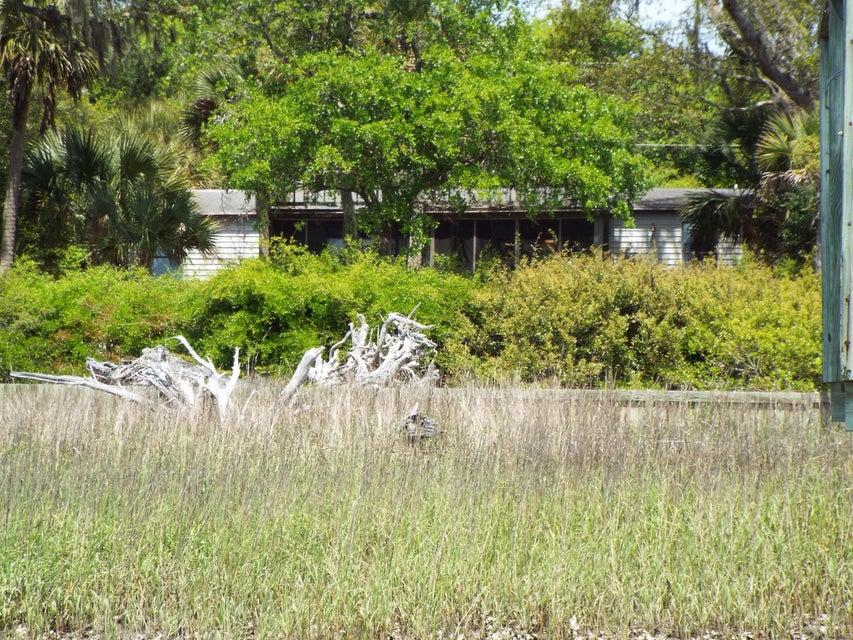 2643  Buccaneer Drive Isle Of Palms, SC 29451