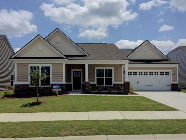 305  Regatta Way Summerville, SC 29483