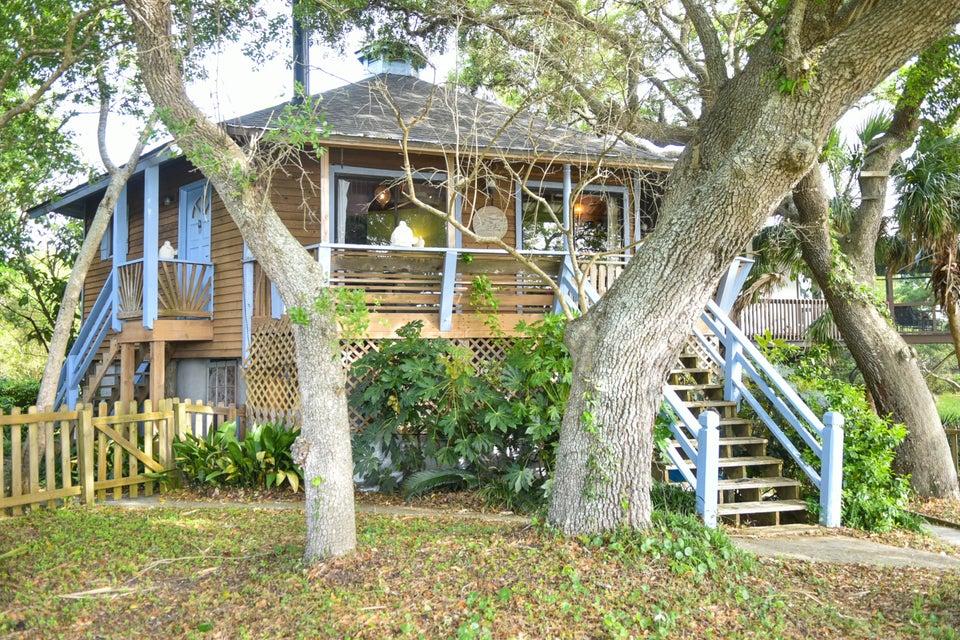 1587  Terns Nest Road Charleston, SC 29412