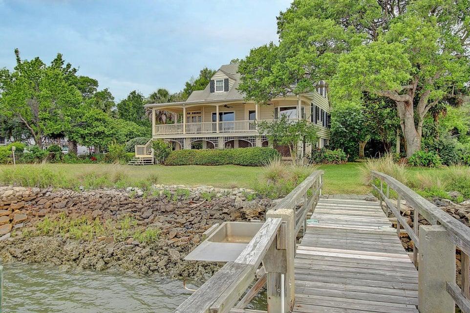 2430  Sea Island Yacht Club Road Wadmalaw Island, SC 29487
