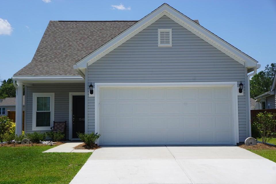 1540  Oldenburg Drive Mount Pleasant, SC 29429