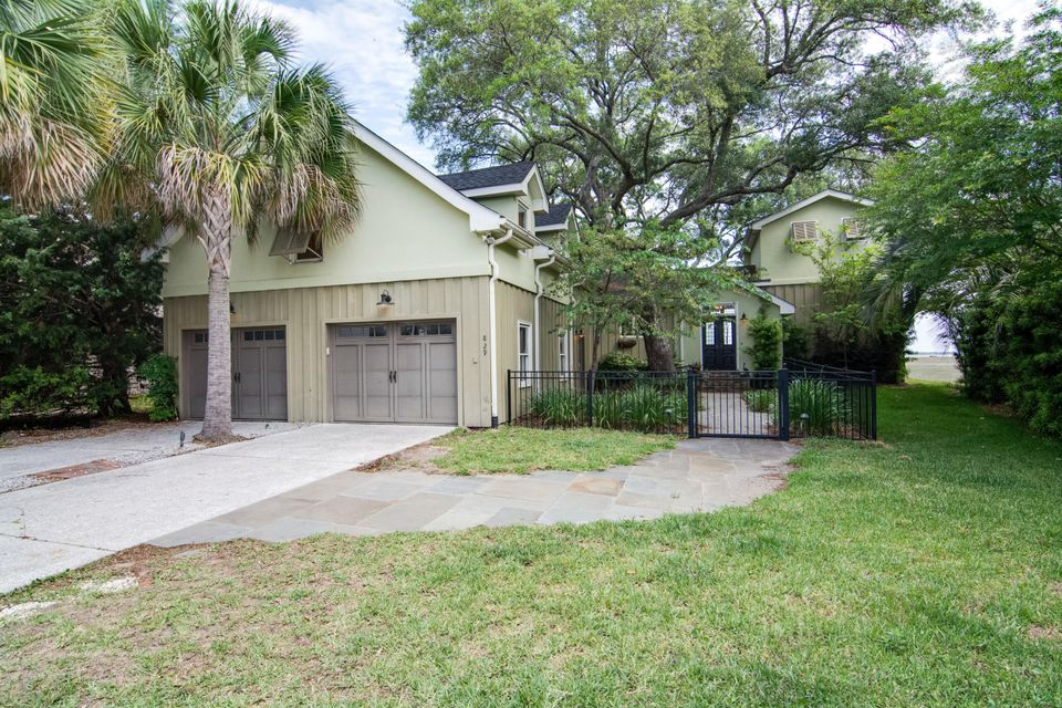 829  Colony Drive Charleston, SC 29407