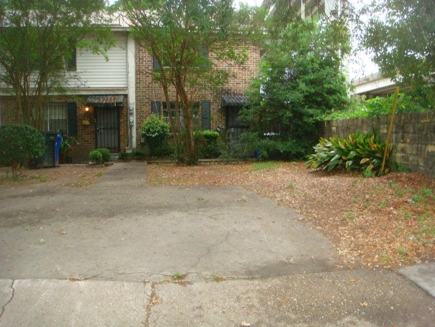 2  Grove Street Charleston, SC 29403