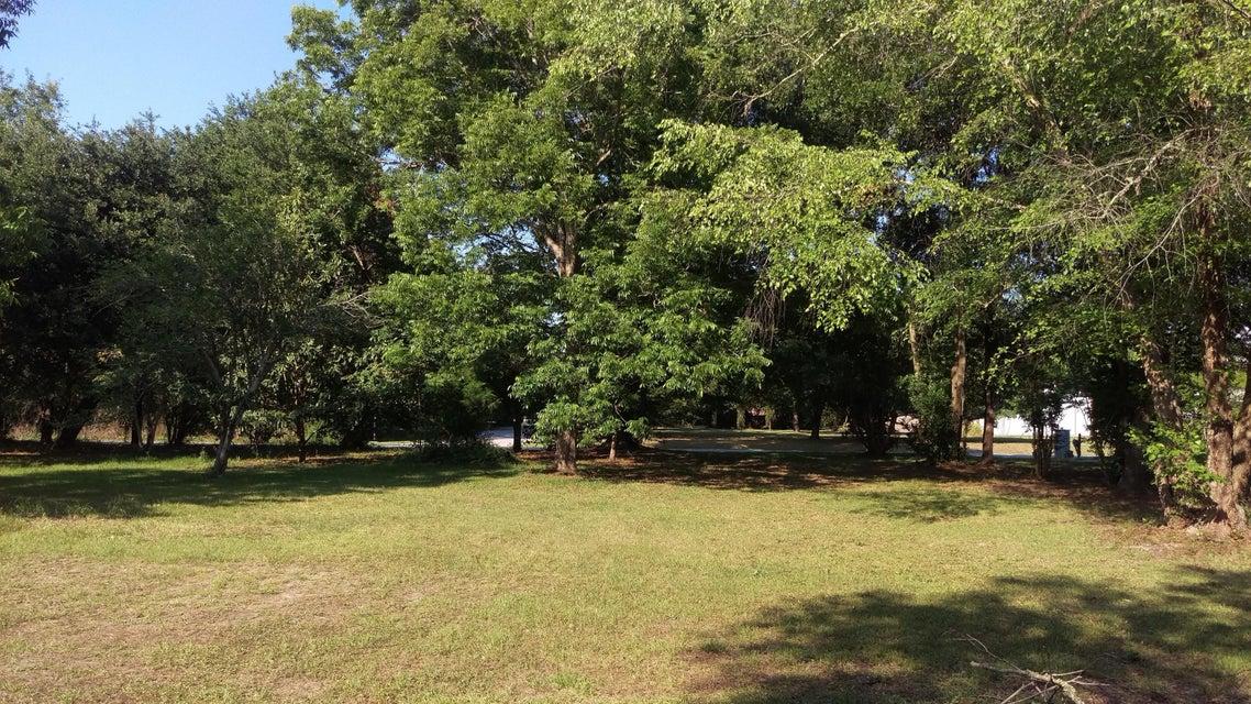 1572  Periwinkle Drive Mount Pleasant, SC 29466