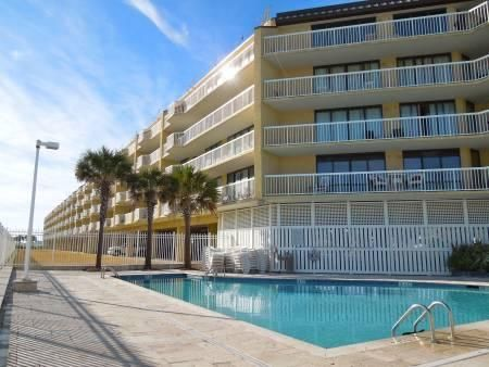 201  W Arctic Ave Folly Beach, SC 29439