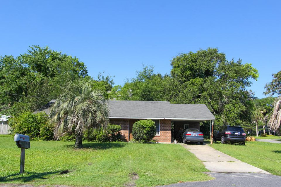 17  30Th Avenue Isle Of Palms, SC 29451