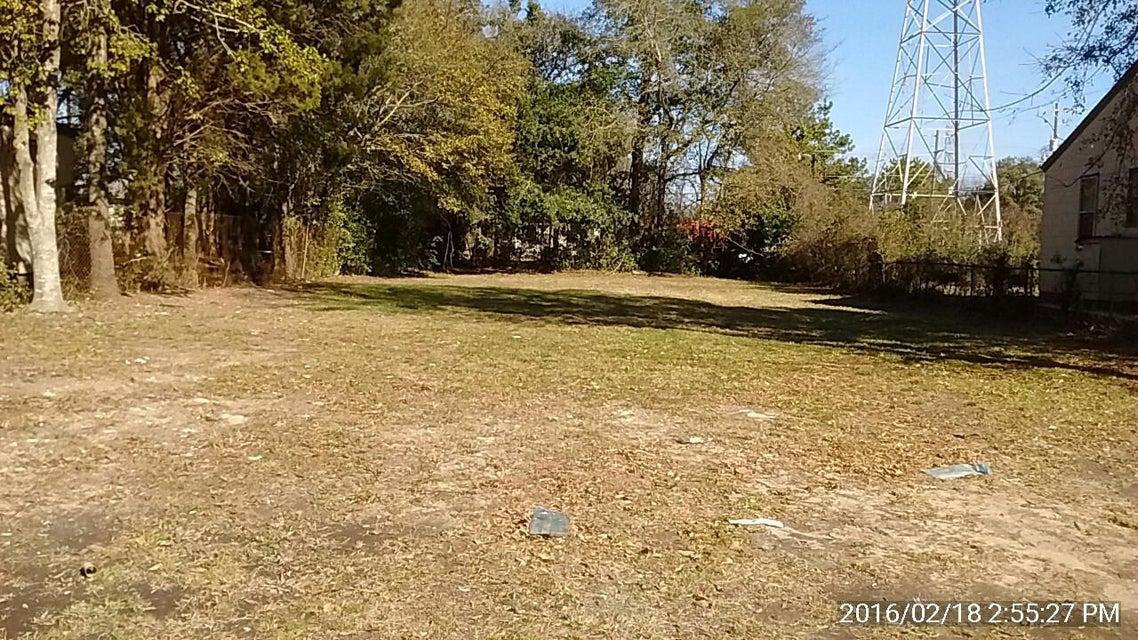 2253  Bailey Drive North Charleston, SC 29405
