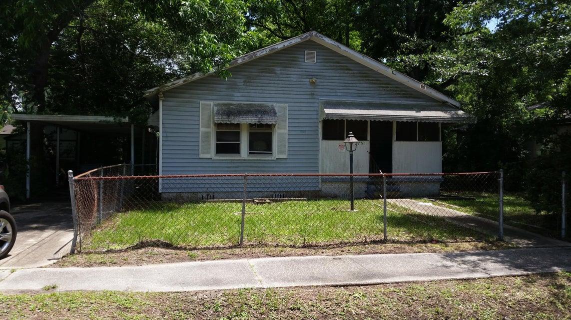 2751  Ranger Drive North Charleston, SC 29405