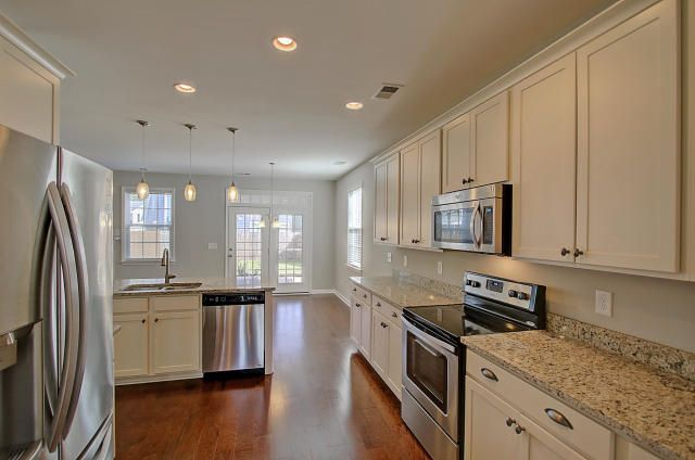 534  Nelliefield Trail Wando, SC 29492