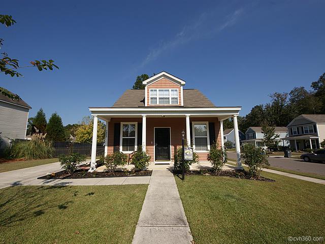 4822  Holly Berry Lane Summerville, SC 29485