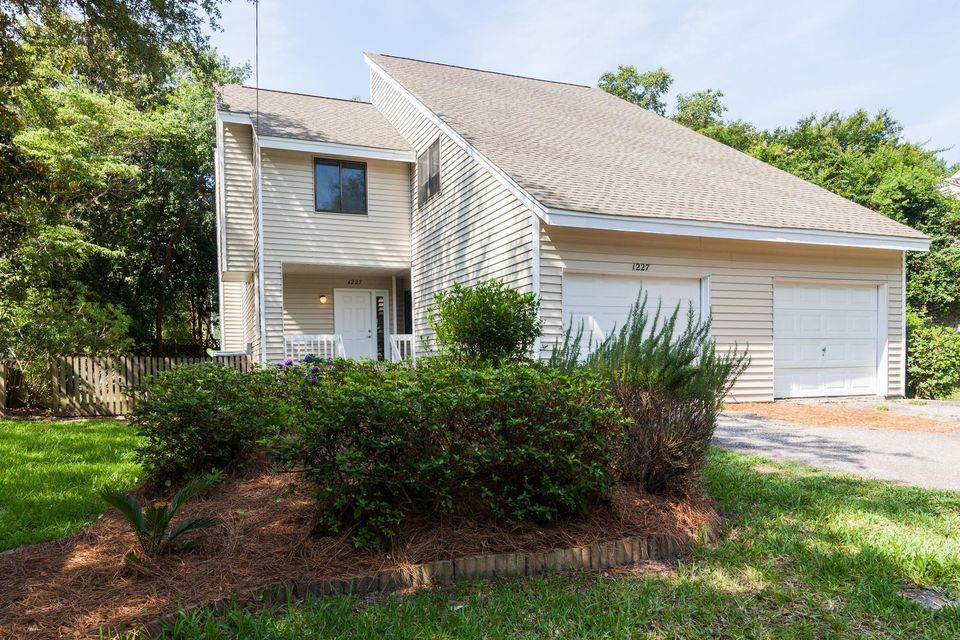 1227  Valley Forge Drive Charleston, SC 29412