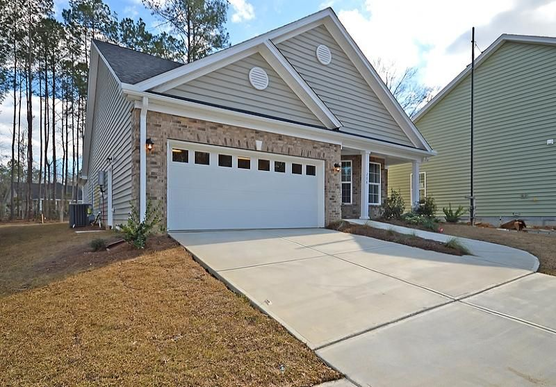 208  Angora Way Summerville, SC 29485