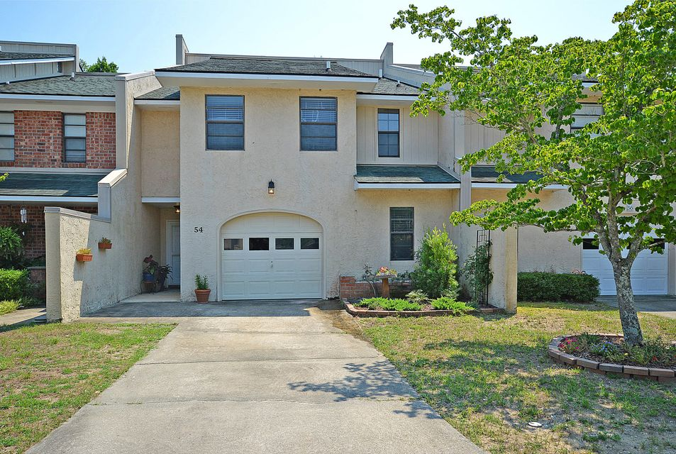 54  Meander Row Charleston, SC 29412