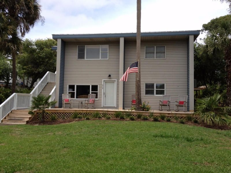612 E Ashley Avenue Folly Beach, SC 29439