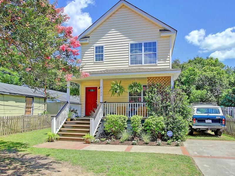 1122  Bexley Street North Charleston, SC 29405