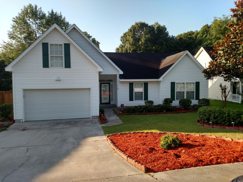 119  Egret Lane Goose Creek, SC 29445