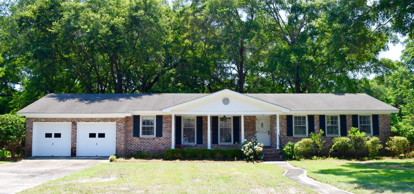 19  Shrewsbury Road Charleston, SC 29407