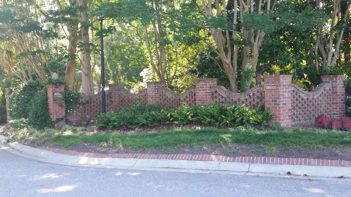 15  Townpark Lane Charleston, SC 29412