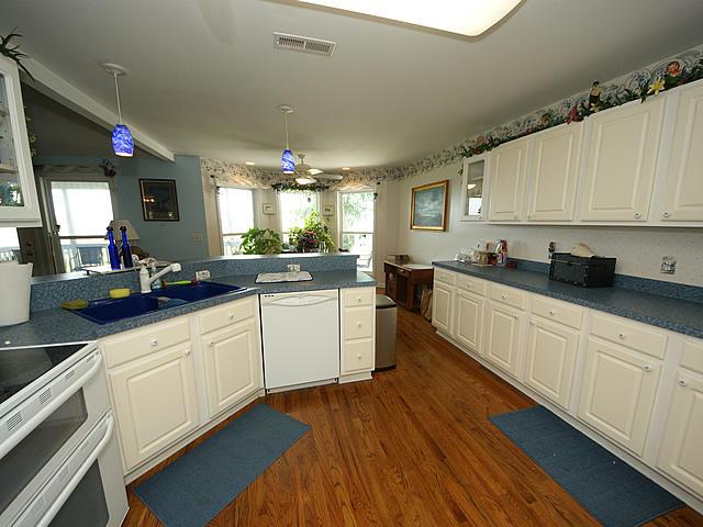Geraty Homes For Sale - 4221 Highway 165, Meggett, SC - 1