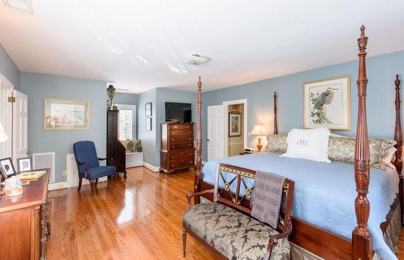 The Crescent Homes For Sale - 27 Broughton, Charleston, SC - 5