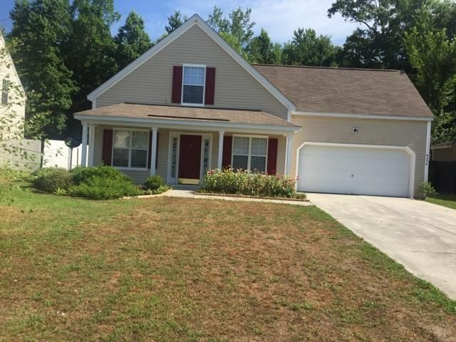 9236  Fieldstone Summerville, SC 29485