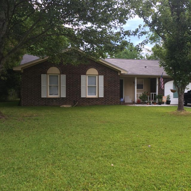206  Ruffin Road Summerville, SC 29483