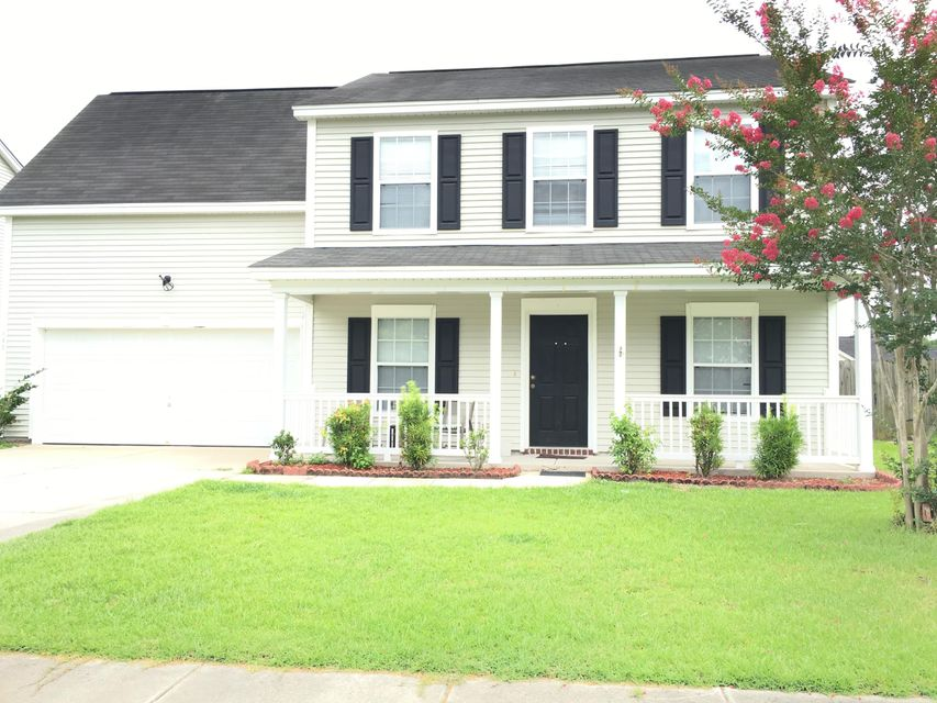 102  Hunters Wood Drive Summerville, SC 29485