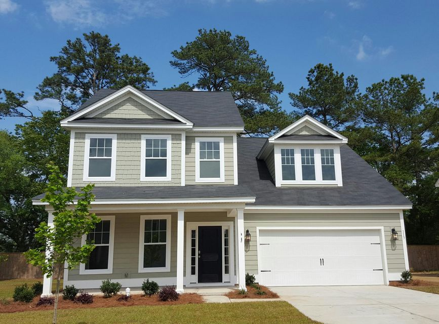 124  Long Needle Lane Summerville, SC 29485