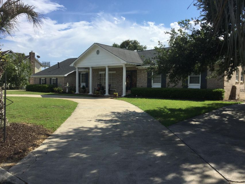 5323  Waterview Dr North Charleston, SC 29418