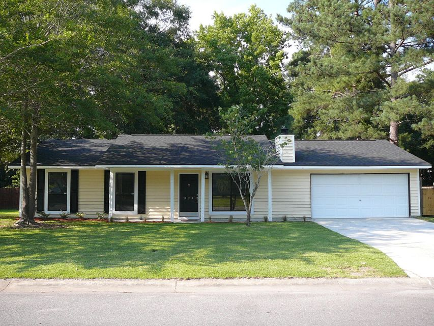 324  Canaberry Circle Summerville, SC 29483