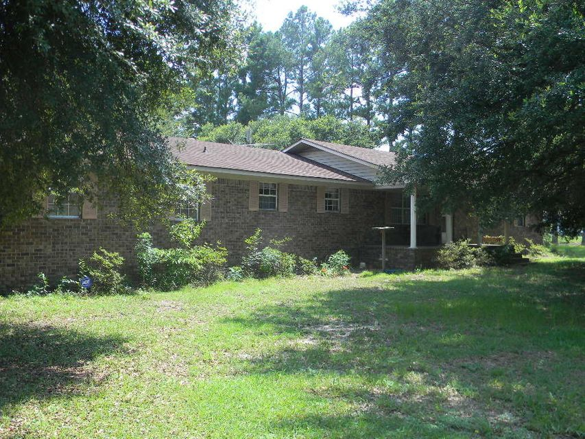 932  Huggin Oak Plantation Road Varnville, SC 29944