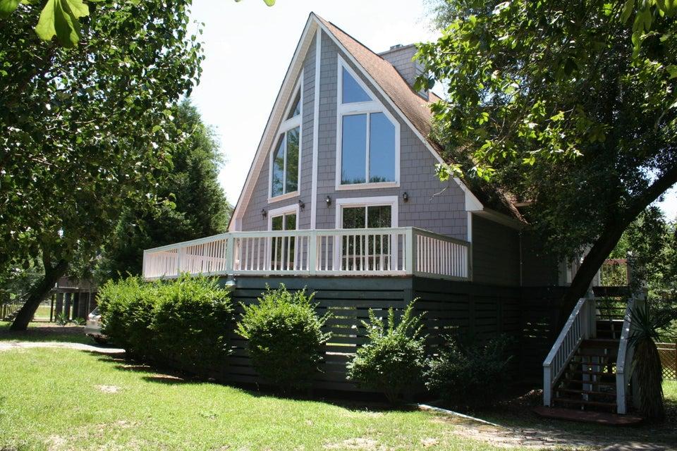 105 N Hampton Drive Bonneau, SC 29431