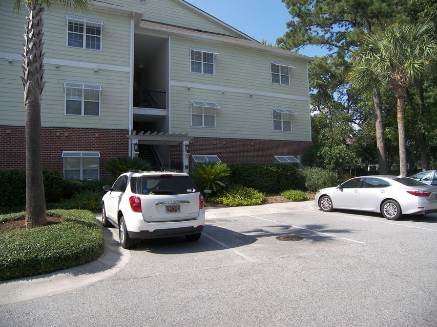 1025  Riverland Wood Place Charleston, SC 29412