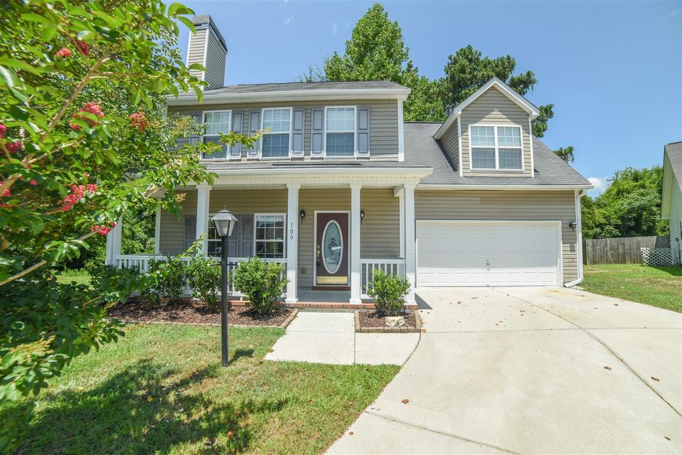 109  Cassels Lane Summerville, SC 29485