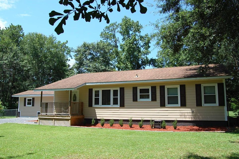 1609  Royle Road Summerville, SC 29483